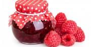 Ягоды малины в собственном соку без сахара