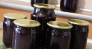 Черная смородина в собственном соку без сахара
