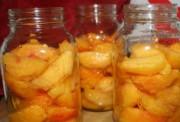 Консервированные персики в собственном соку