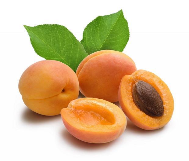 Плоды абрикосов
