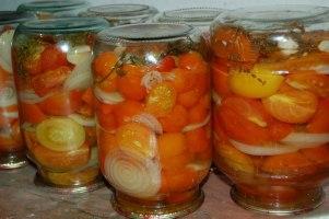 Помидоры в желе с луком на зиму рецепт пошагово