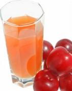 Прозрачный сливовый сок