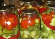 Маринованное ассорти из овощей