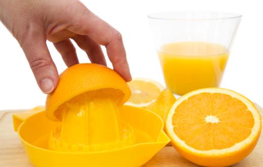 Как сделать сок из апельсинов впрок в домашних условиях