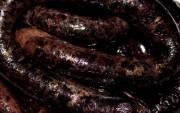 Домашняя кровяная колбаса - нежная и вкусная.