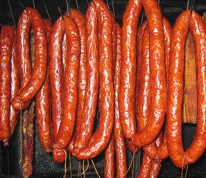 как приготовить домашнюю колбасу в домашних условиях