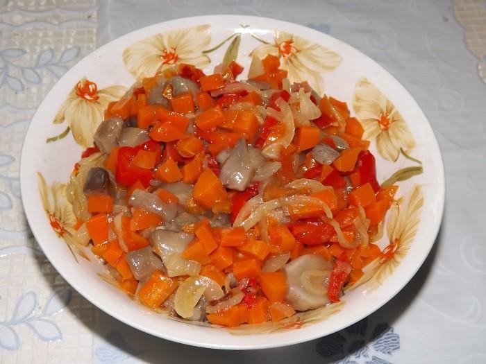 как приготовить овощную солянку с грибами
