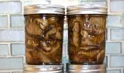 Тушеные консервированные грибы