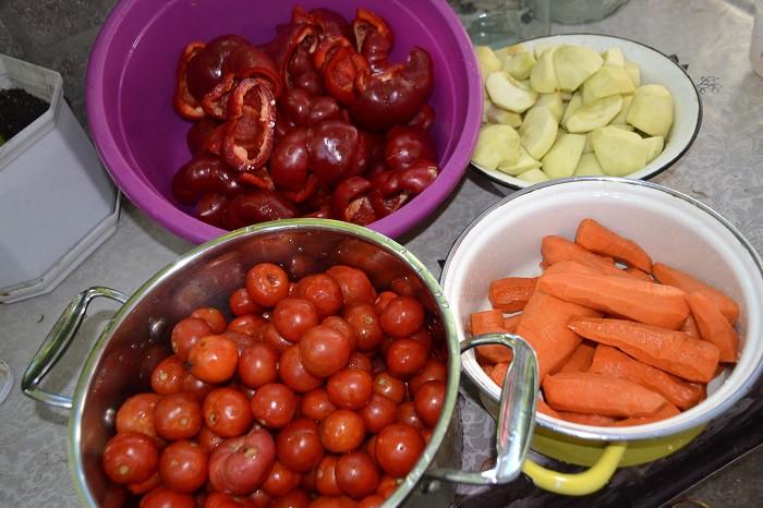 рецепт аджики с хреном и помидорами и чесноком