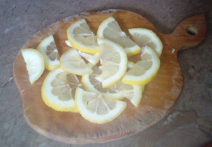 Густое варенье из яблок с лимоном быстрого приготовления
