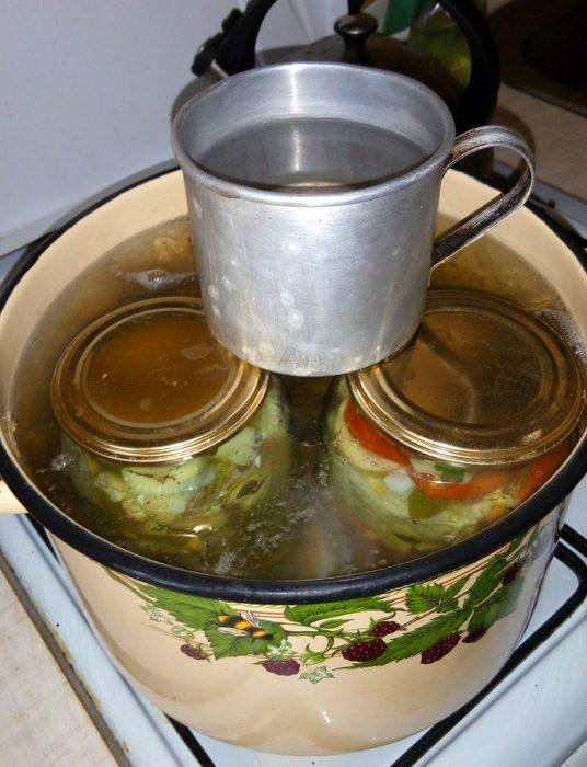 Зимний салат из огурцов Нежный