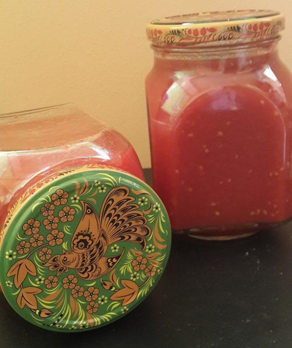 Приправа из помидоров, перца и чеснока без варки