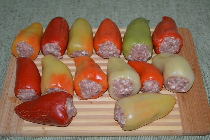 Перец фаршированный мясом и рисом на зиму для заморозки