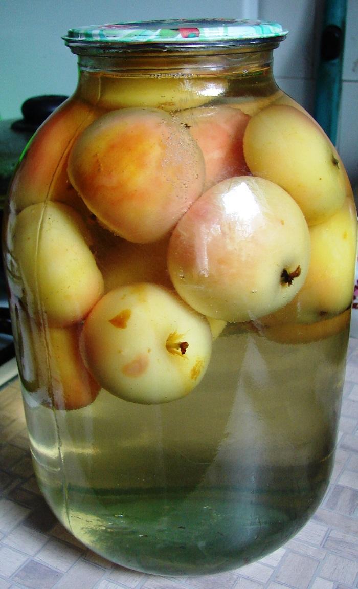 Яблочный компот в картинках