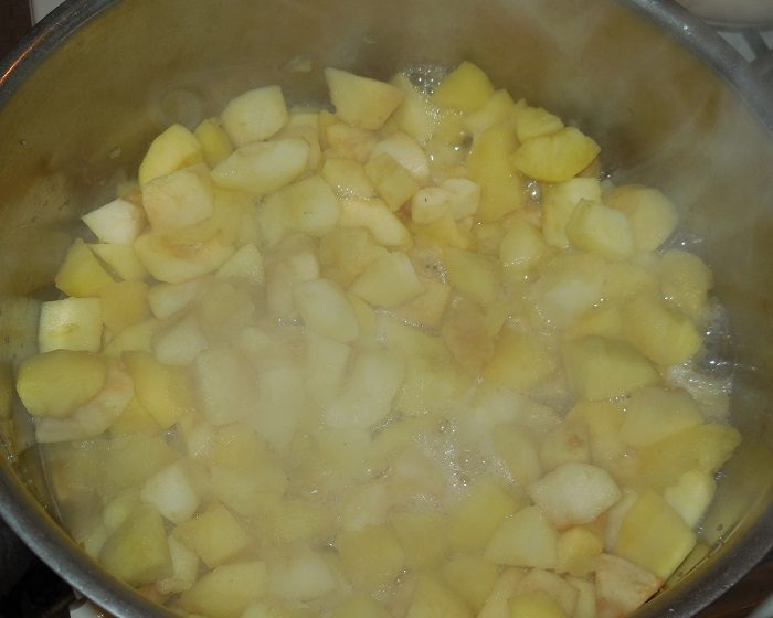 Яблочный соус на зиму