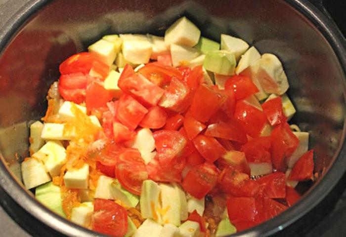 салат из кабачков и помидоров на зиму без стерилизации