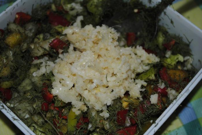 Простой салат из зеленых помидор быстрого приготовления