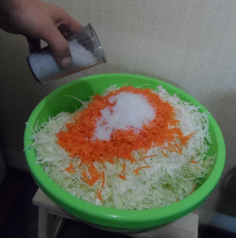 Как сделать квашеную капусту в домашних условиях быстро