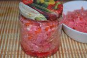 Капуста маринованная со свеклой и морковью быстрого приготовления