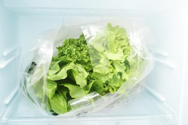 заморозка листьев салата