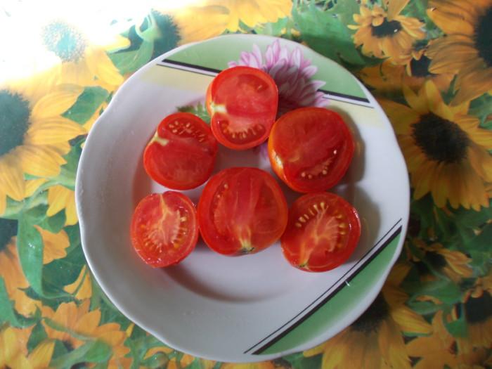 Маринованные помидоры половинками с горчицей