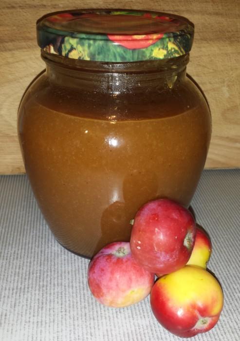 Яблочное повидло с корицей