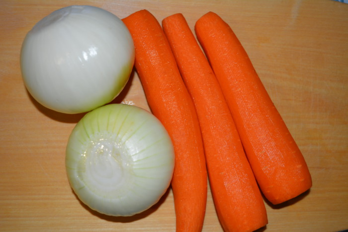 Замороженная зажарка для супа из моркови и лука