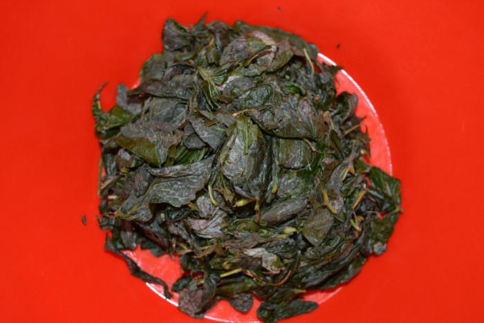 Домашний ферментированный чай из листьев малины