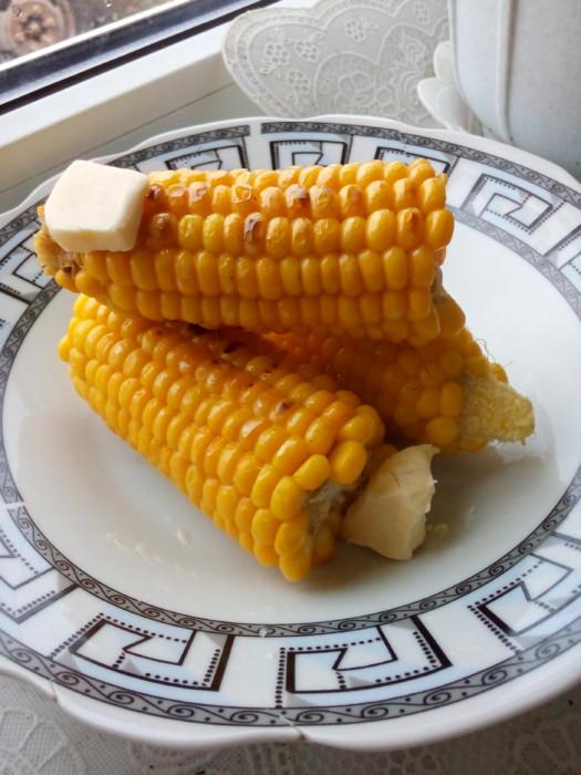 Замороженная кукуруза початками на зиму
