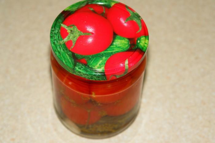 Пряные помидоры консервированные на зиму без стерилизации