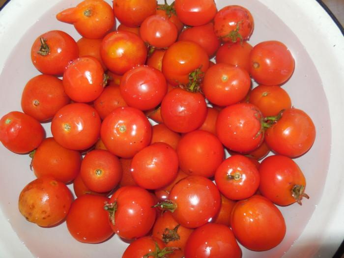 Остро-сладкие маринованные помидоры без стерилизации