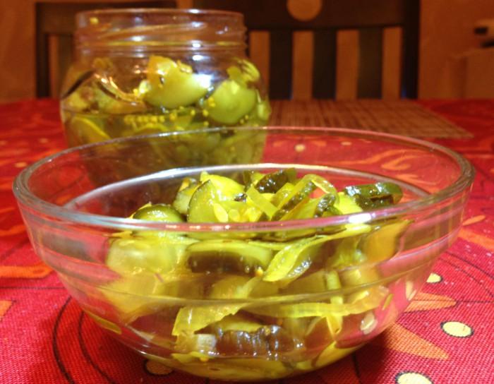 Огурцы с куркумой - вкусный салат из огурцов на зиму