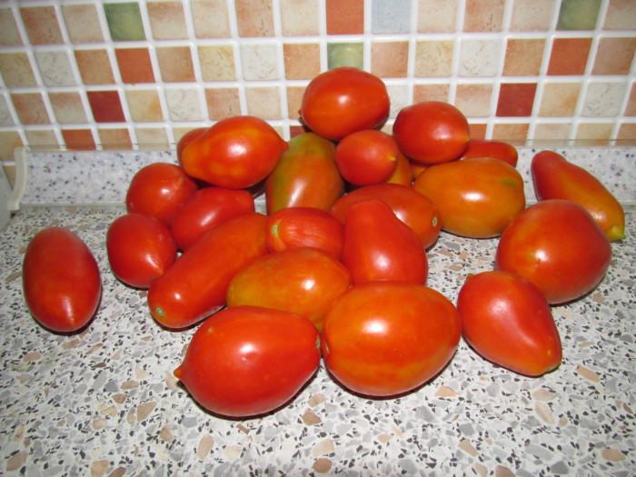 Острый томатный соус из острого перца и помидор