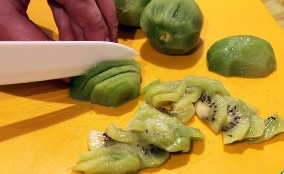 Компот из груш и киви - рецепт пошаговый с фото