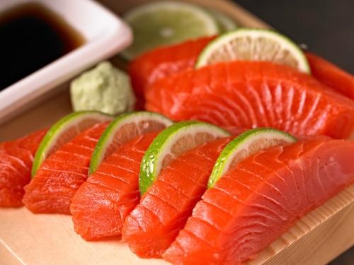 Pink salmon sashimi